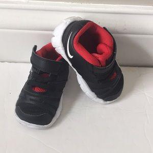 Nike toddler flex show training shoes 3C